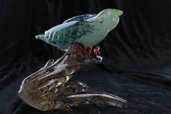 Parakeet, a glass sculpture - Uploaded by Rosemary Bauer