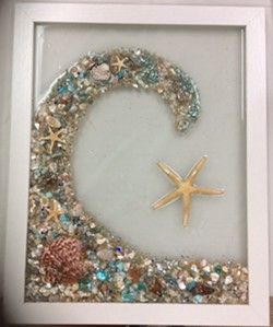Experiment with resin - Uploaded by Joan Martin Fee