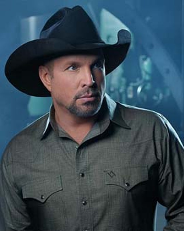 Garth-Brooks_CREDIT-Mark-Tucker.jpg