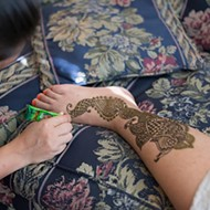 Debaroti Ghosh brings traditional <em>mehndi</em> henna art to Oklahoma