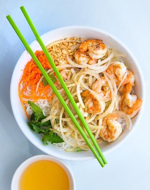 Stir fried Shrimp with onions and lemon grass. (Shannon Cornman)