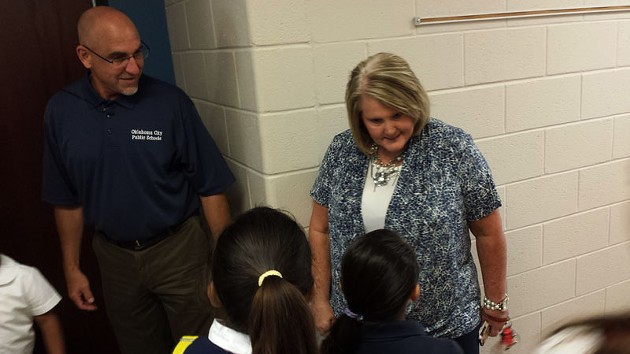 Mark Twain Elementary principal Sandy Phillips and superintendent Robert Neu welcomed students on the first day of class on Aug. 4, 2014. - BEN FELDER