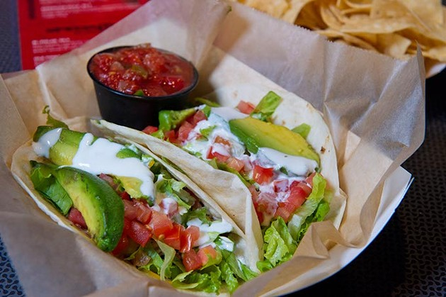 Tacos supreme with tortilla chips (Shannon Cornman)