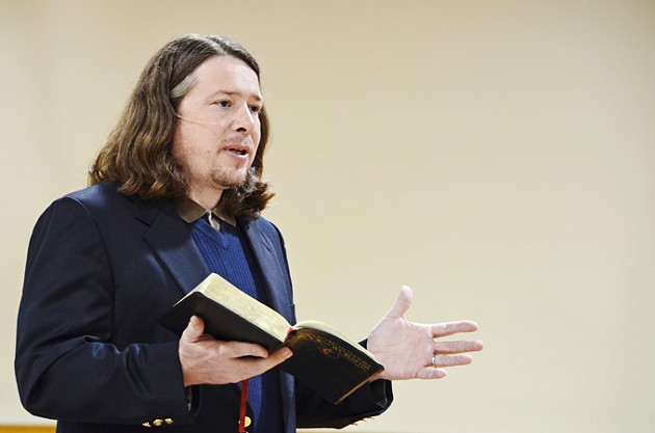 Allen-Preaching-2-website.jpg