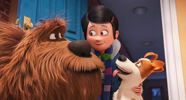 """(L to R) Giant, fluffy, unruly rescue Duke (ERIC STONESTREET), owner Katie (ELLIE KEMPER) and pampered terrier mix Max (LOUIS C.K.) in Illumination Entertainment and Universal Pictures' """"The Secret Life of Pets,"""" a comedy about the lives our pets lead after we leave for work or school each day. - CREDIT: ILLUMINATION ENTERTAINME"""