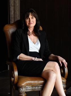 Kathryn McGill (Garett Fisbeck)
