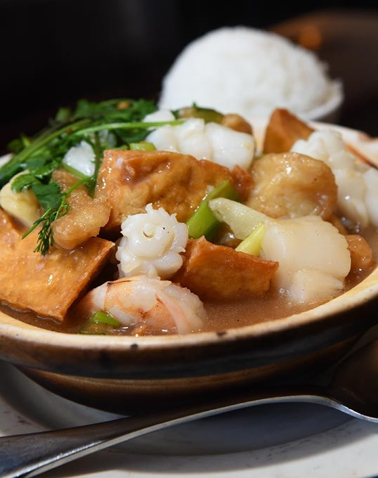 Seafood with tofu hot pot at Chow's Chinese, 3033 N. May Avenue in Oklahoma City, 1-29-16. - MARK HANCOCK