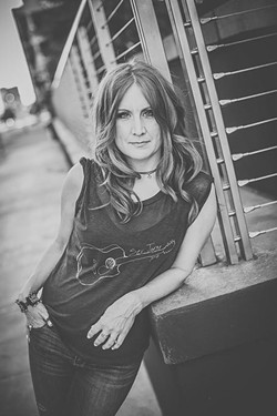 Constance Squires (Photo Mandi Davis Photography / provided)