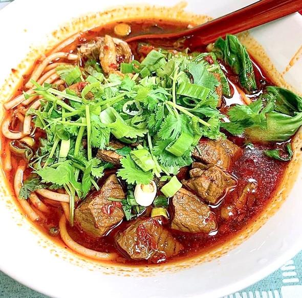 yummy_noodles_1.jpg