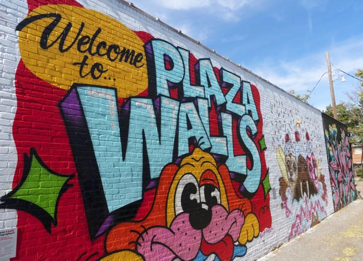 plaza-walls-_3.jpg