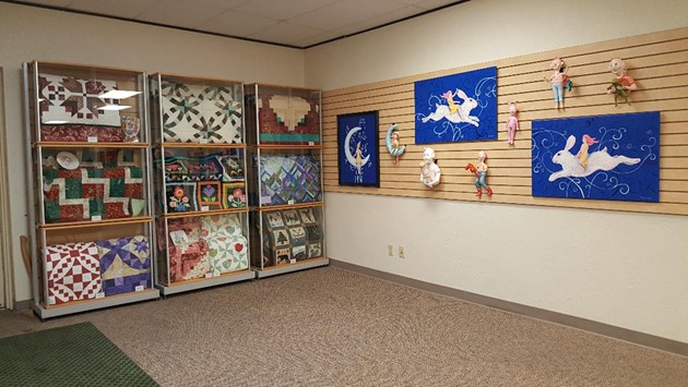 Porcelain Artists Who Quilt & Suzanne Henthron