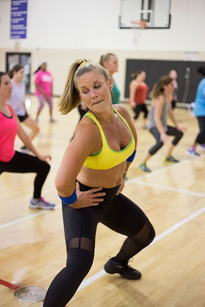 Lauren Fitzgerald of Club Fitz teaches class at the Key Health Institute in Edmond, Oklahoma on Monday, June 13, 2016. - EMMY VERDIN