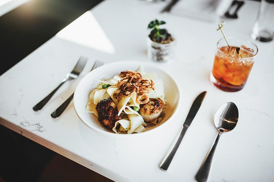 Pan-seared scallops with Della Terra pappardelle - ALEXA ACE