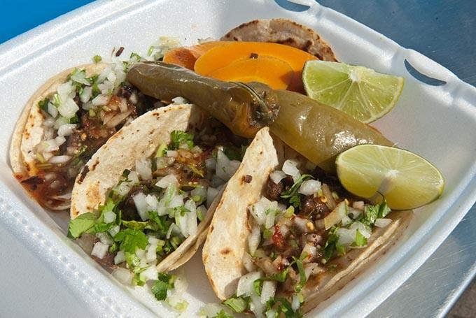 Taqueria-Sanchez-street-tacos-117mh.jpg