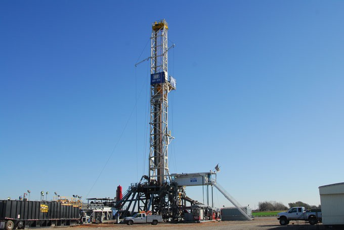 1-Drilling-rig-52mh.jpg