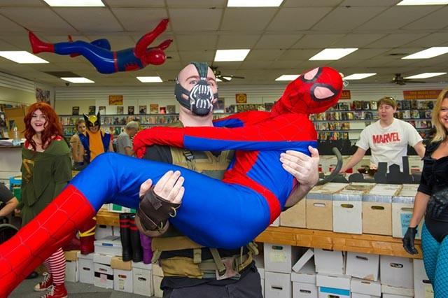 at New World Comics.Photo/Shannon Cornman - SHANNON CORNMAN