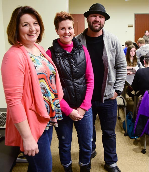 From left, Jane Wilson, with Sarah and Steve Mclean, photographed during the annual family potluck and support gathering for cancer survivors, at Integris Cancer Institute of Oklahoma, 11-18-14.  mh