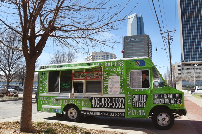 Green-and-Grilled-food-truck_6477mh1.jpg