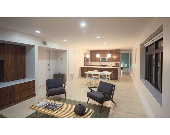 Mayfair Apartments - SAM DAY