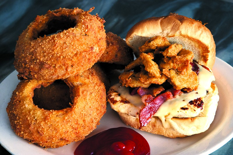 Fungi and Swine Grilled Chicken Sandwich and a side of huuuge onion rings.Photo/Shannon Cornman - SHANNON CORNMAN