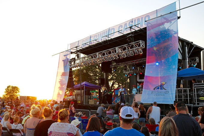 A crowd enjoys live music at Beats & Bites in 2016. (Riverwind Casino / provided)