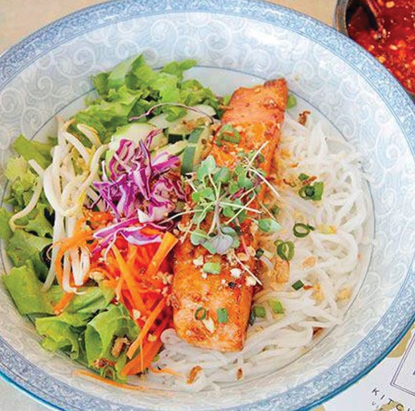 Salmon bun bowl from Magasin Table - PROVIDED