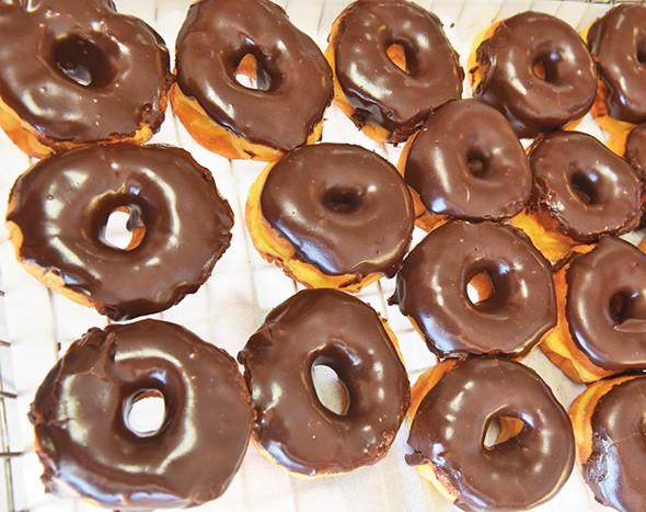 polar_donuts_7232mh.jpg