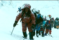 Strong cast, writers, director make<em>Everest</em> worth climb