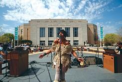 Bowlsey kicks off local concert series on Saturday