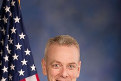 Steve Russell holds town hall meeting