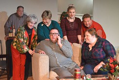 Carpenter Square Theatre tells the story of a family holiday gone off the rails in <em>A Nice Family Christmas</em>