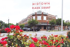 Midtown event encourages shoppers to visit the district