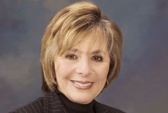 An Oklahoma organization recruiting, training and helping elect progressive women welcomes former U.S. Sen. Barbara Boxer to its annual luncheon