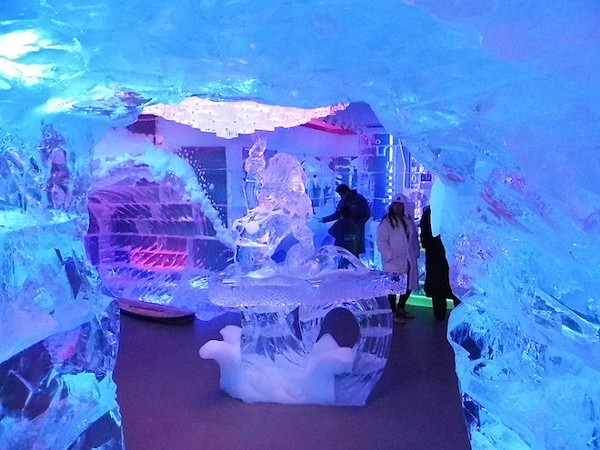 30 frosty shots of Minus5 Ice Bar