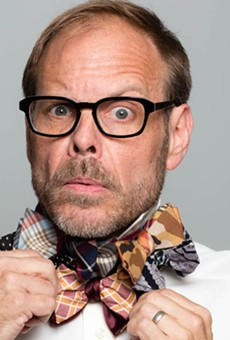 Did you see Alton Brown at your favorite restaurant this weekend?