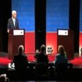 Dispute over a fan causes late start to gubernatorial debate