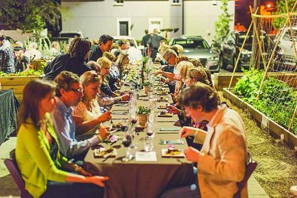 gallery-11-12-sel-harvest-dinner-1jpg