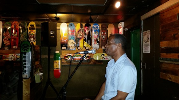 Eugene Snowden tells a story. - PHOTO BY JERRY JOHNSON