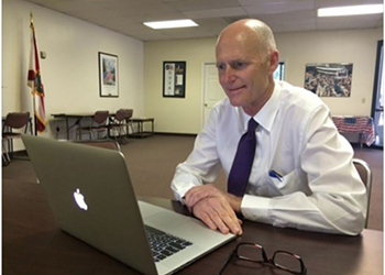 Gov. Rick Scott does a Facebook Q&A, speaks only in campaign soundbites