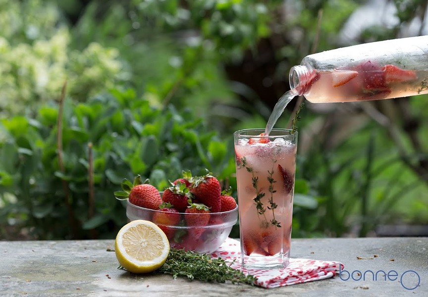 web_bonne_o_strawberry_thyme_infused_lemonade_300dpi.jpg