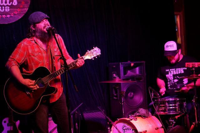 Matt Woods & Larry Fulford at Will's Pub (photo by Michael Lothrop)