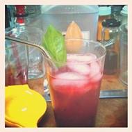 Remix cocktail extra: basil-blackberry fizz
