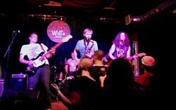 Round Eye at Will's Pub (photo by Ashley Belanger)