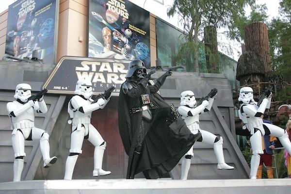 vader-star-wars-weekends51905469jpg