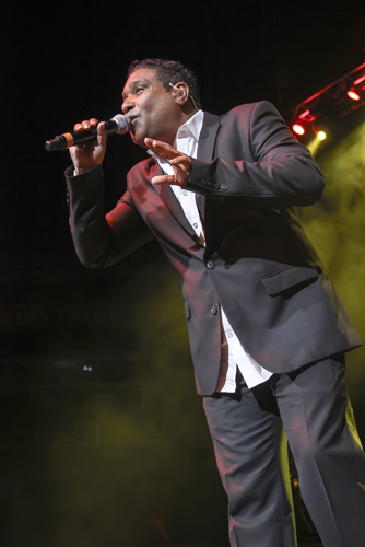 The King of Freestyle: Stevie B at Amway Center (photo by Will Ogburn/You're Whatz Happening)