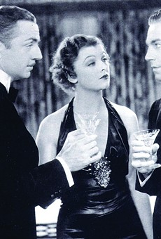 'The Thin Man' offers hijinks and highballs in a holiday setting
