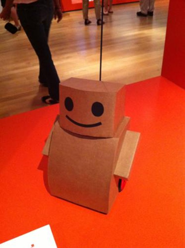 Tweenbot, an adorable experiment it human-robot empathy.