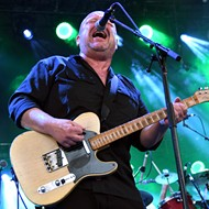 Weezer and Pixies kick off big double-headed summer tour in Florida