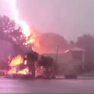 Watch this Gainesville Wendy's get severely punished with lightning