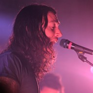 Noah Gundersen blooms live, with Field Report's Chris Porterfield (The Social)